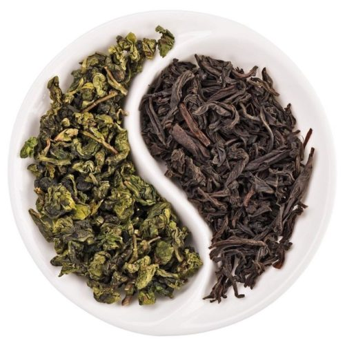 черный и зеленый чай листья